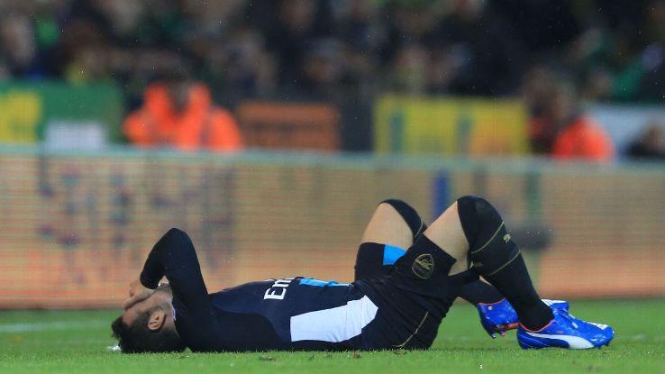 Arsenal midfielder Santi Cazorla injured